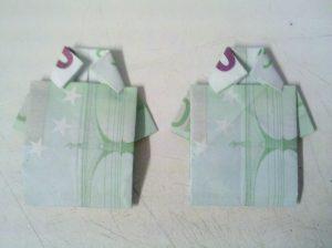 Origami-Hemd aus einem Geldschein gefaltet