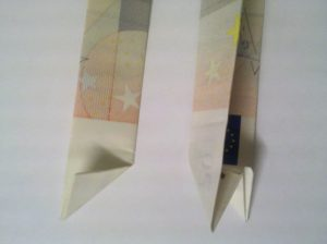 Folding Bills: Nummer 0 aus 2 Bills - Step 3