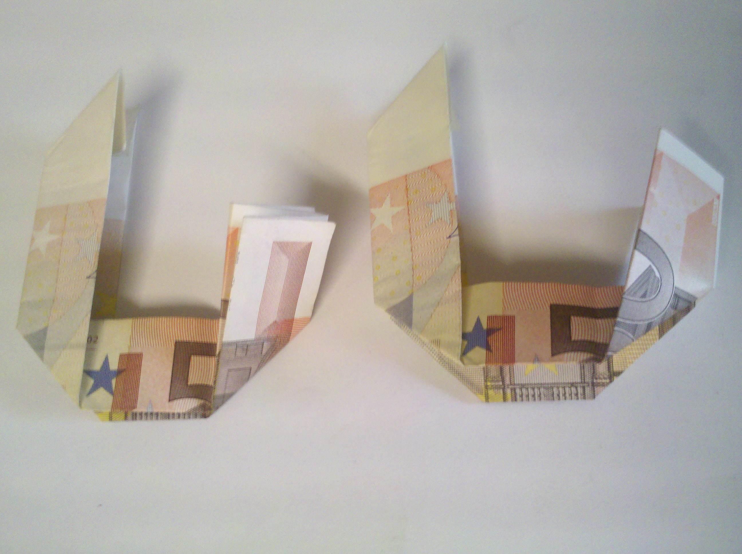 Zahl 0 Aus Zwei Geldscheinen Falten Origami Mit Geldscheinen