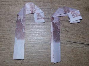 Zahl 5 aus einem Geldschein falten - Schritt 5