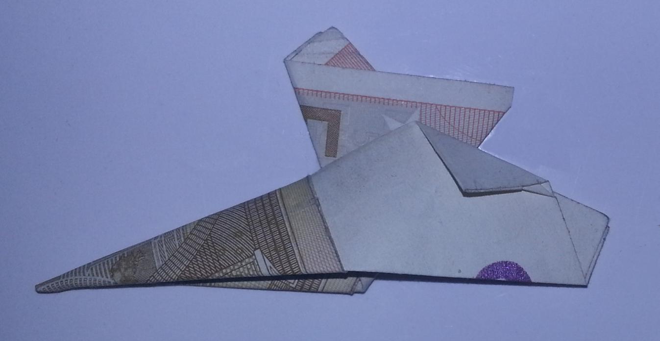 stiefel aus einem geldschein falten origami mit geldscheinen. Black Bedroom Furniture Sets. Home Design Ideas