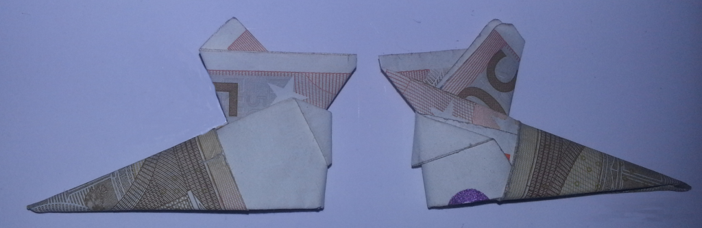 stiefel aus geldschein falten schritt 7 origami mit geldscheinen. Black Bedroom Furniture Sets. Home Design Ideas