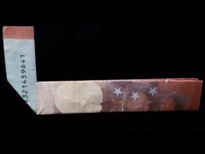 Bild: Zahl 4 aus einem Geldschein falten - Schritt 4