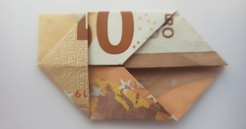 Fliege aus Geldschein falten - Schritt 9