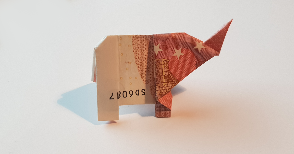 Elephant folded out of a bank note