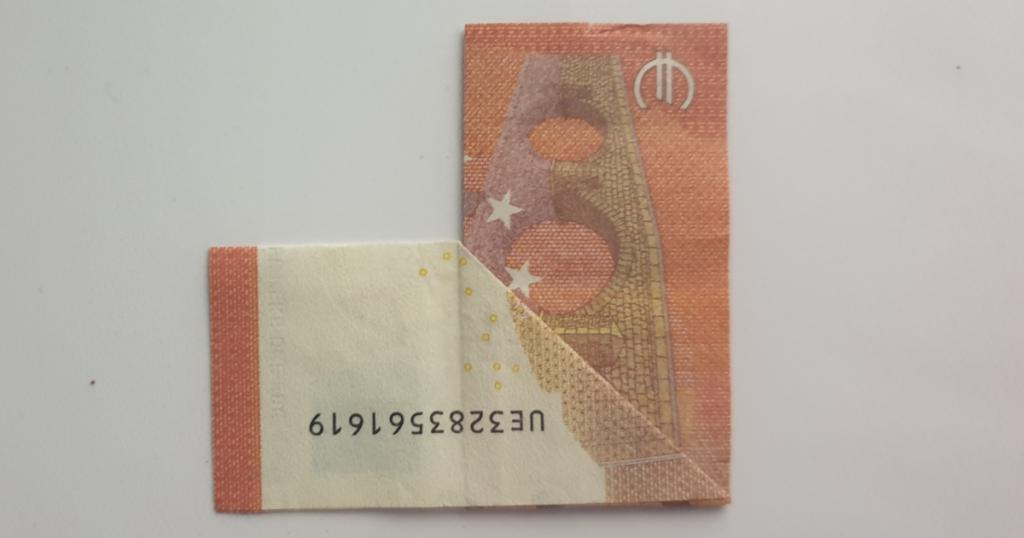 Božićne čizme rasklopite iz novčanice - Korak 11