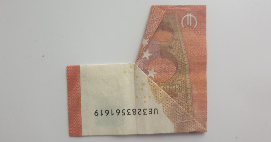 Božićne čizme rasklopite iz novčanice - Korak 12