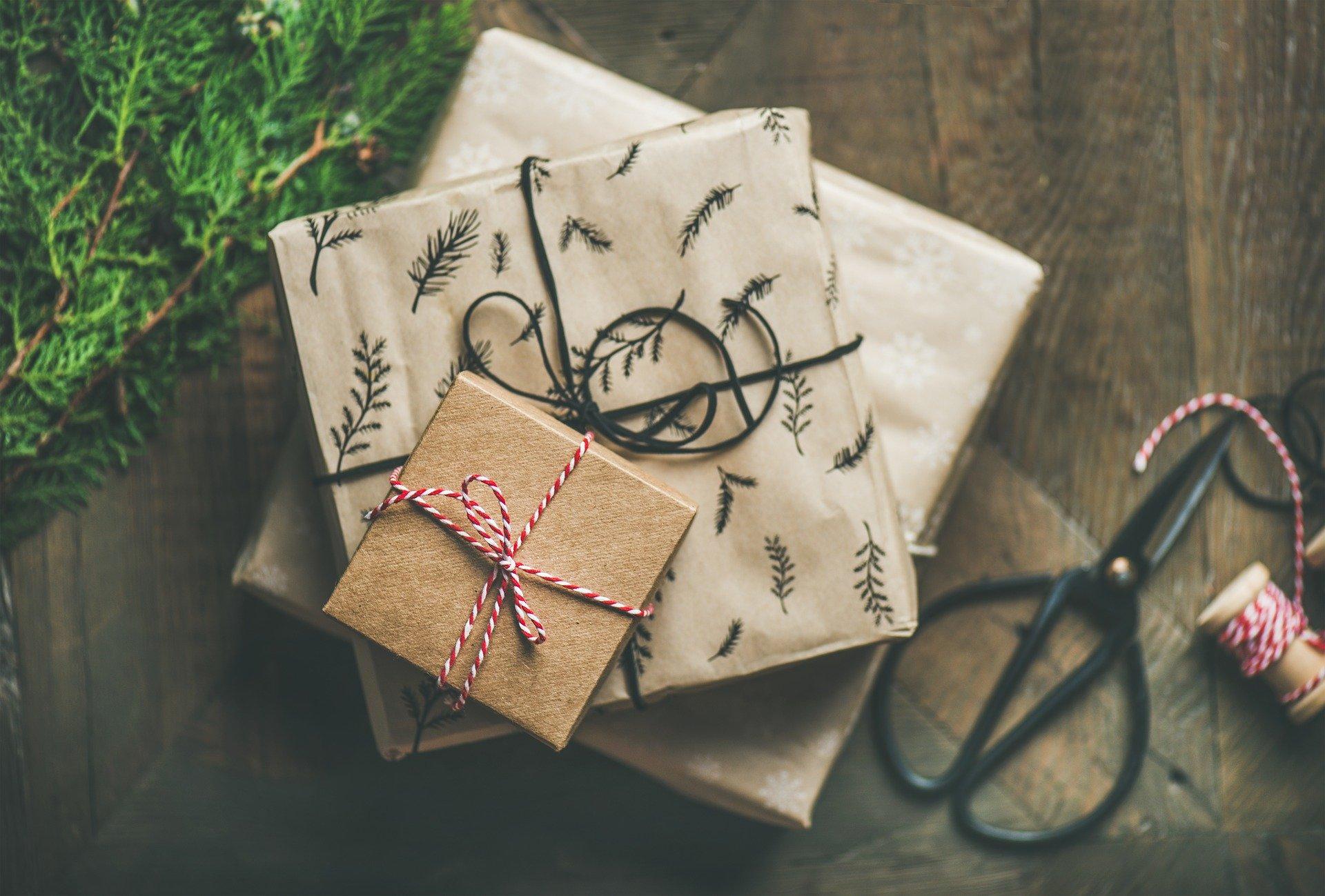 Saudações de Natal e presentes em dinheiro para o Natal
